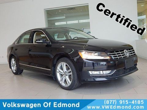 Certified Pre-Owned 2015 Volkswagen Passat 4dr Sdn 2.0L DSG TDI SE w/Sunroof &