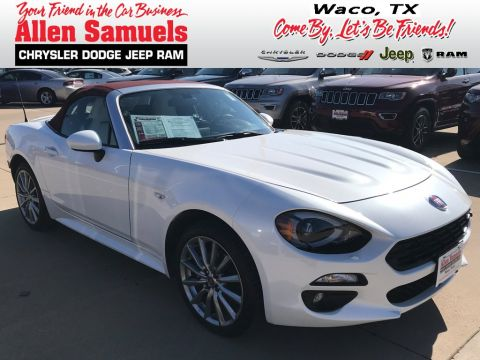 Pre-Owned 2018 FIAT 124 Spider Lusso Red Top Edition